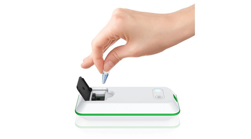 コンパクトで低価格なパーソナル吸光度計「ピコスコープ」の受注を開始 -スマートフォンなどと連携し、1台で複数項目の測定が可能-