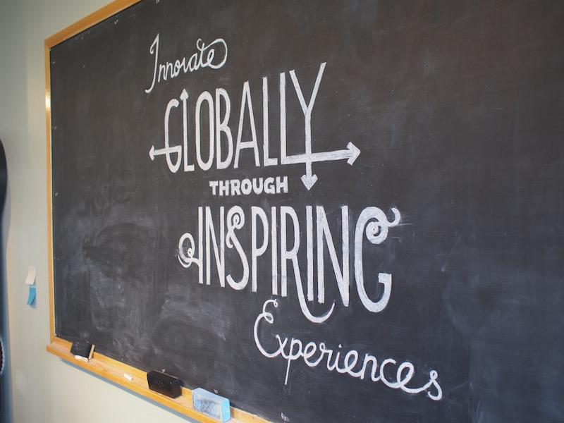 「心ゆさぶるエクスペリエンスを通し、グローバルイノベーションに貢献する」