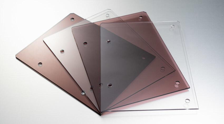 ミスミグループ本社の3Dデータで部品調達できるサービス「meviy」、透明樹脂プレートの取り扱いを開始